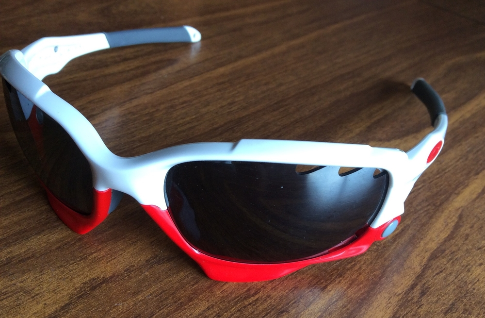 Oakley Racing Jacket (formerly known as the Jawbone) with standard colors from 2012. These glasses came with vented lenses.