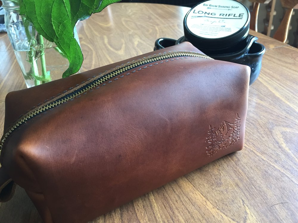 Review  Portland Leather Goods Dopp Kit — Creaky Bottom Bracket 1a0443432f