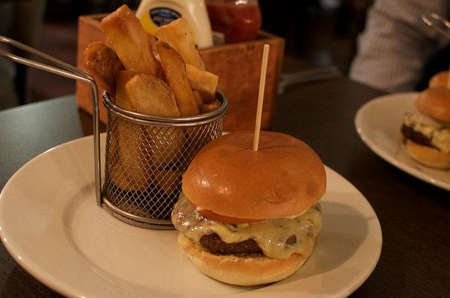 Old Smokey Burger at VOC - REVIEW
