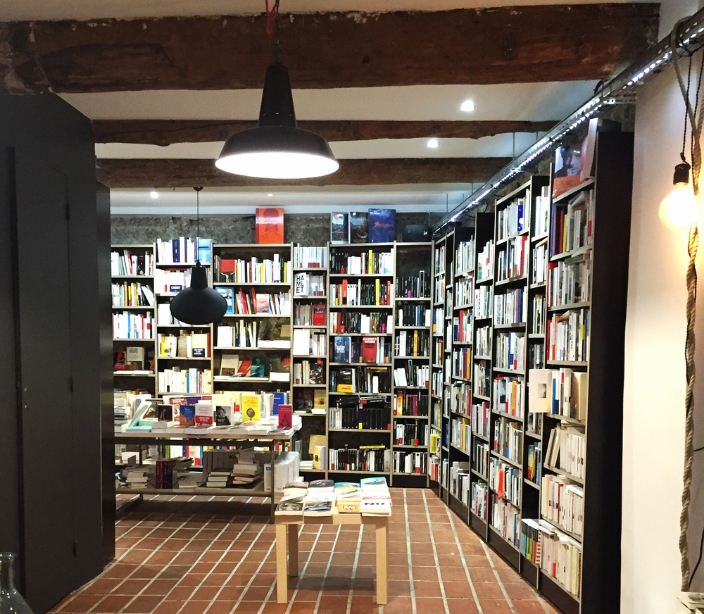 Nice bookshop - Nice Travel Blog