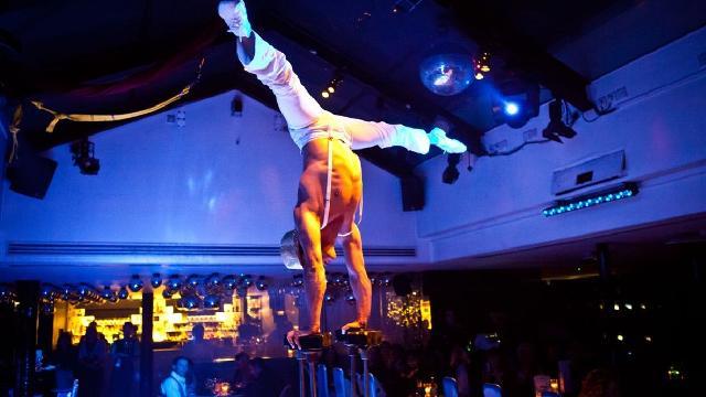 Performer at Circus - restaurant review