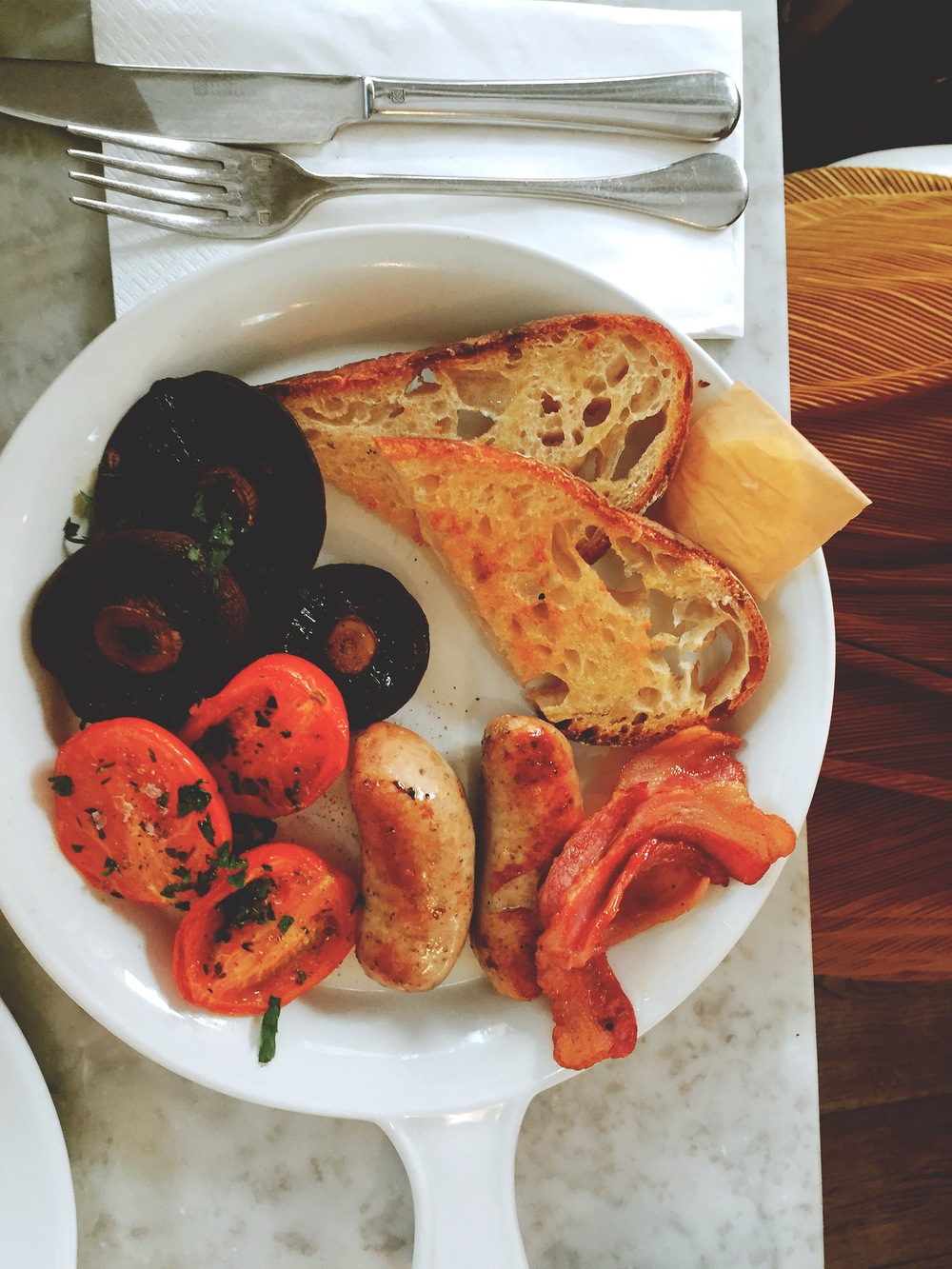 No.11 Restaurant Review - Full Breakfast