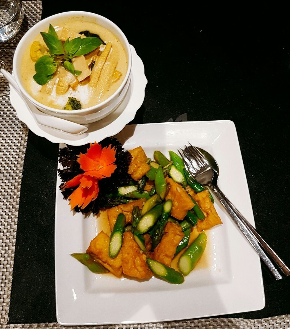 Menu - Nipa Thai review