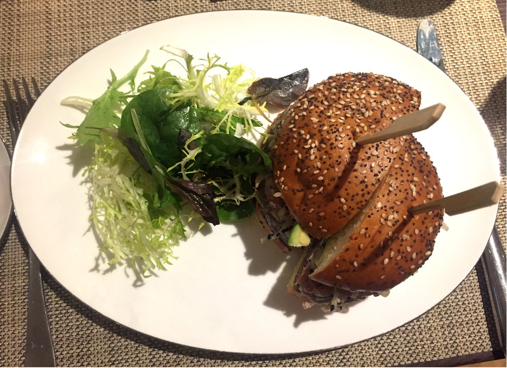 Tuna burger at Galvin At The Athenaeum - Review