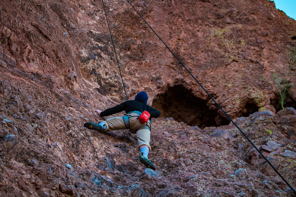 Rock climbing at Camelback Mountain, Scottsdale, Arizona