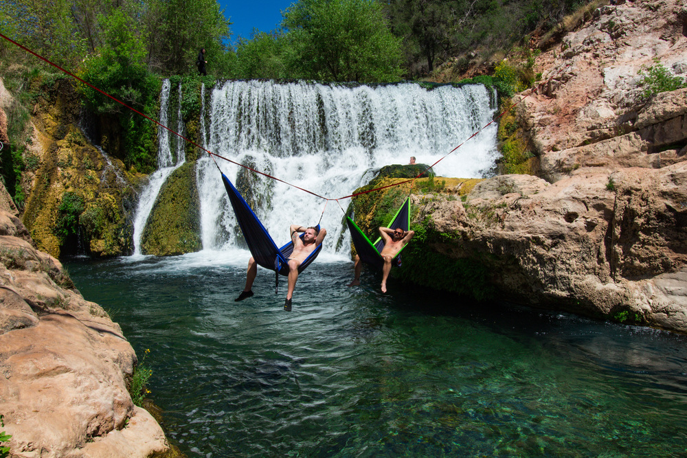 Fossil Creek Hammock on a Slackline