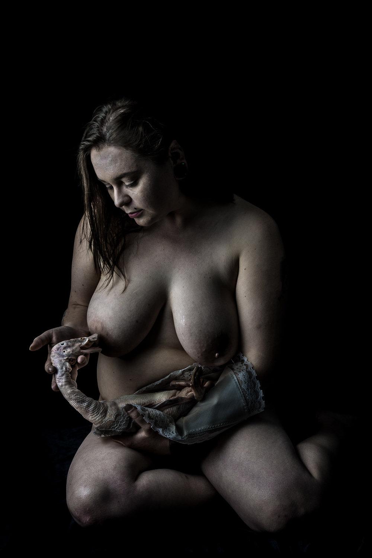 neal-auch-nude-nursing-duck.jpg