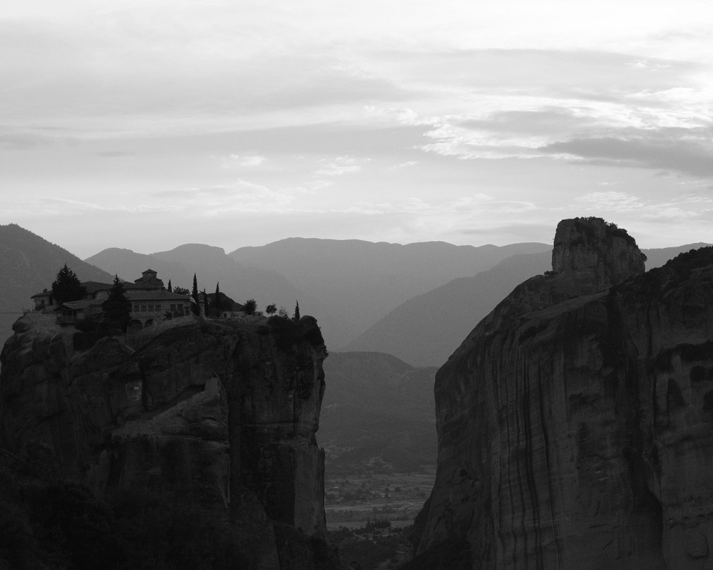 METEORA - #TCRNO5 // ARRIVELOCATION   GREECE  CLOSES   TUESDAY15th AUGUST 2017  HOSTED BY   VISIT METEORA  