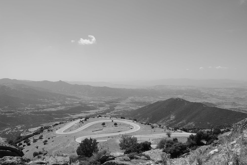 single-cloud-above-switchback-road-trancontinentalrace06