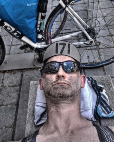 """""""If this race wasn't hard enough after a three complete soakings yesterday and the incredible heat its a big blow when your cap gets pinched while you sleep. It feels like there is nothing to race for now, its a battle to get the cap in the first place and an even bigger one to keep it. Bringing up the rear! #TCRno6  #TCRno6cap171  #NeverEverQuit  #transcontinalrace  @thetranscontinental """""""