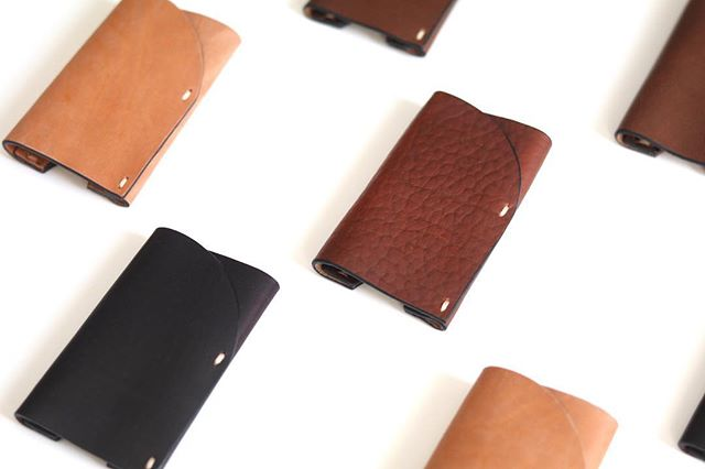 Summer of Slim starts today! Handmade in Brooklyn from a single piece of Horween Veg Tan leather, our SLIM fits all of your daily essentials ✋🤚 [ Use code SUMMEROFSLIM to save 20% off a SLIM wallet ]