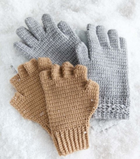 Various finger styles and cuffs for gloves