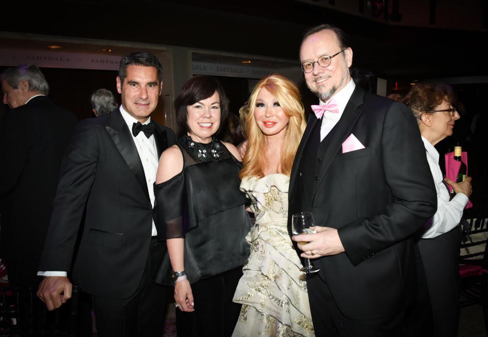 Hughes De Pin, Debra Gunn Downing, Gala Chair Elizabeth Segerstrom, Mark Ryden