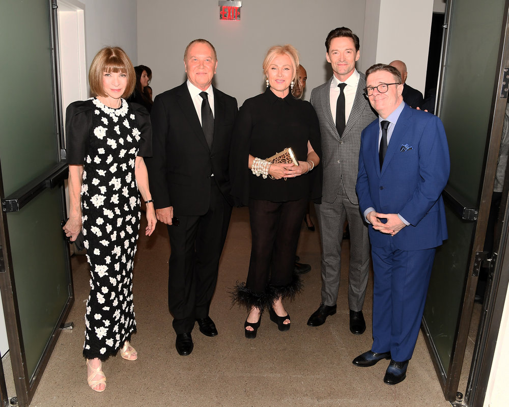 EW YORK, NY - OCTOBER 16: (L-R) Anna Wintour, Michael Kors, Deborra-lee Furness, Hugh Jackman and Nathan Lane attend God's Love We Deliver, Golden Heart Awards at Spring Studios on October 16, 2018 in New York City. (Photo by Nicholas Hunt/Getty Images for Michael Kors)
