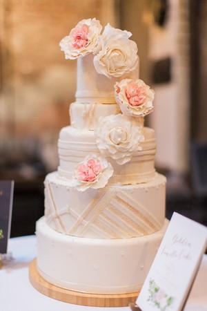 Wedding+Cakes.jpg