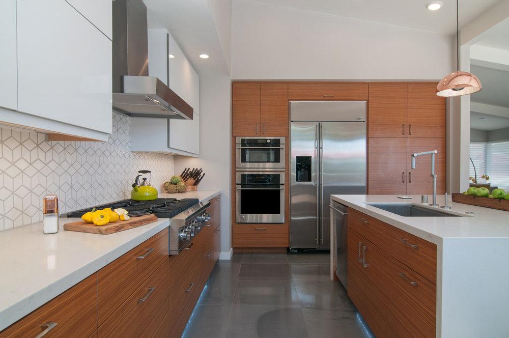Kitchen 5.jpg