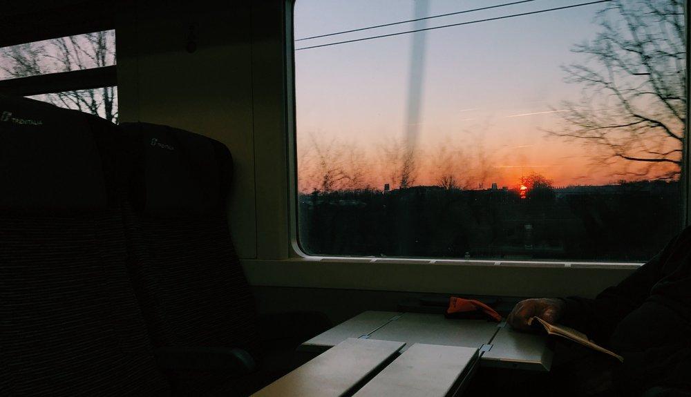 6AM Train from Milan - La Spezia