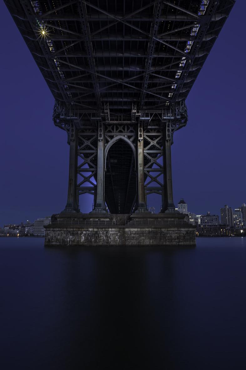MANHATTHAN BRIDGE CATHEDRAL