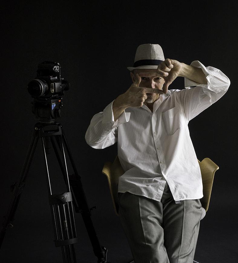 self_portrait6—010-france-frederic_haguenauer-photographer-chrome-and-raw-B.jpg