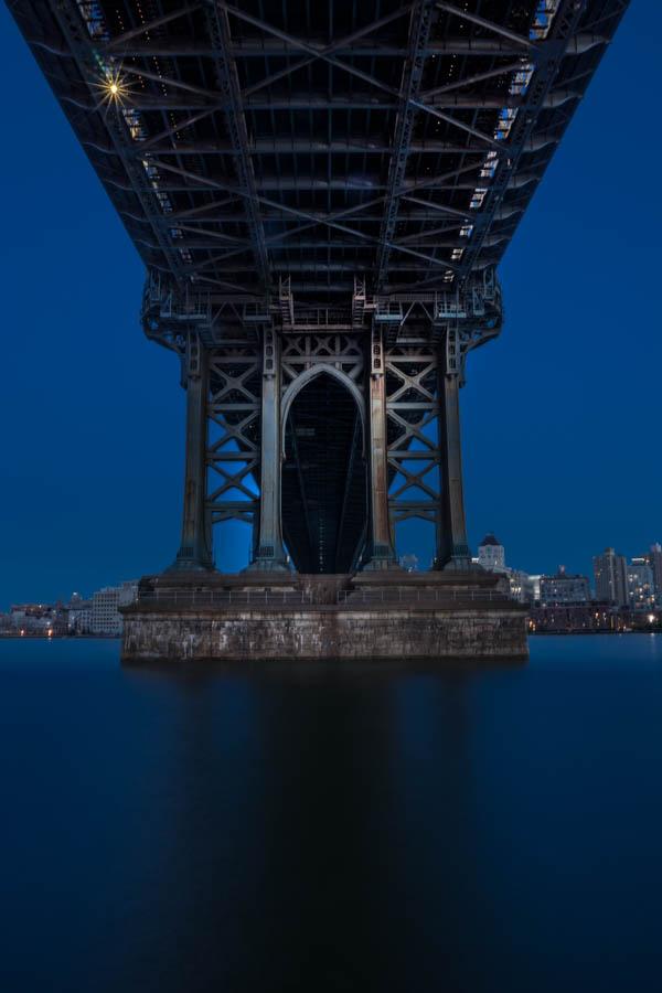 # MANHATAN BRIDGE . Size: 40/26,6 ; 60/40 ; 90/60 ; 120/80 cm. Prices: 80€ ; 120€ ; 180€ ; 250€