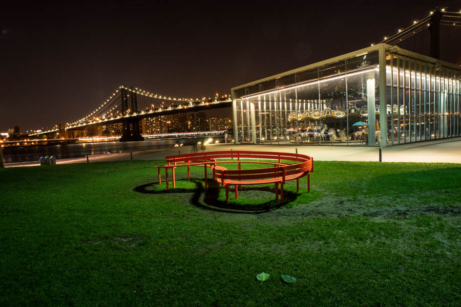 # BROOKLYN BRIDGE . Size: 40/26,6 ; 60/40 ; 90/60 ; 120/80 cm. Prices: 80€ ; 120€ ; 180€ ; 250€