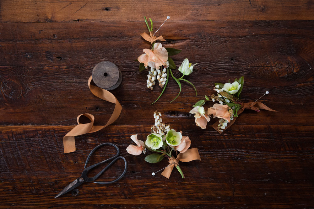 9_beswoon_2017_rustic_redefined_thompsons_point_portland_maine_wedding_photographer_whitney_j_fox_3821.jpg