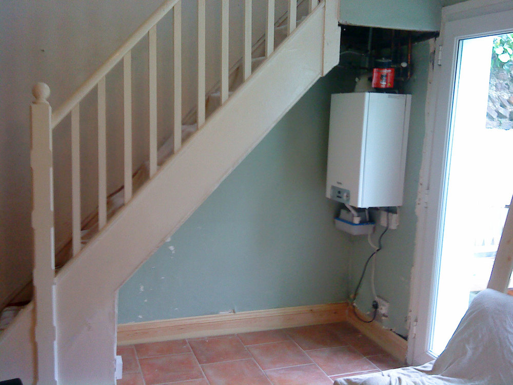 understair-before.jpg