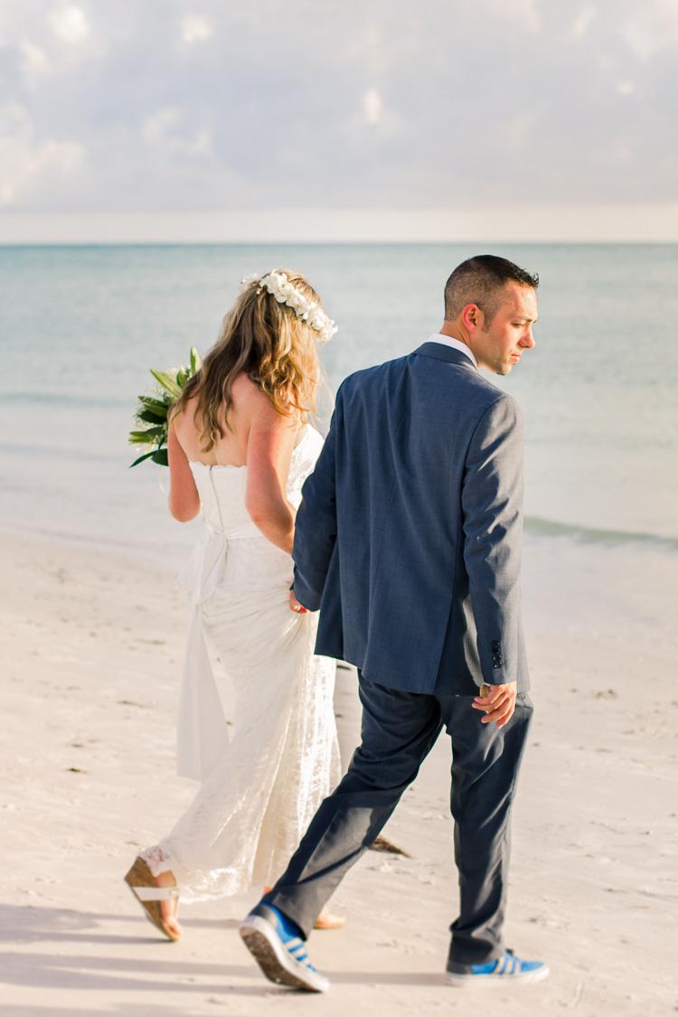 Siesta Key Beach Bohemian Wedding, Florida Destination Beach Wedding Photography   Laura & Adam   lmartinwedding.com_48