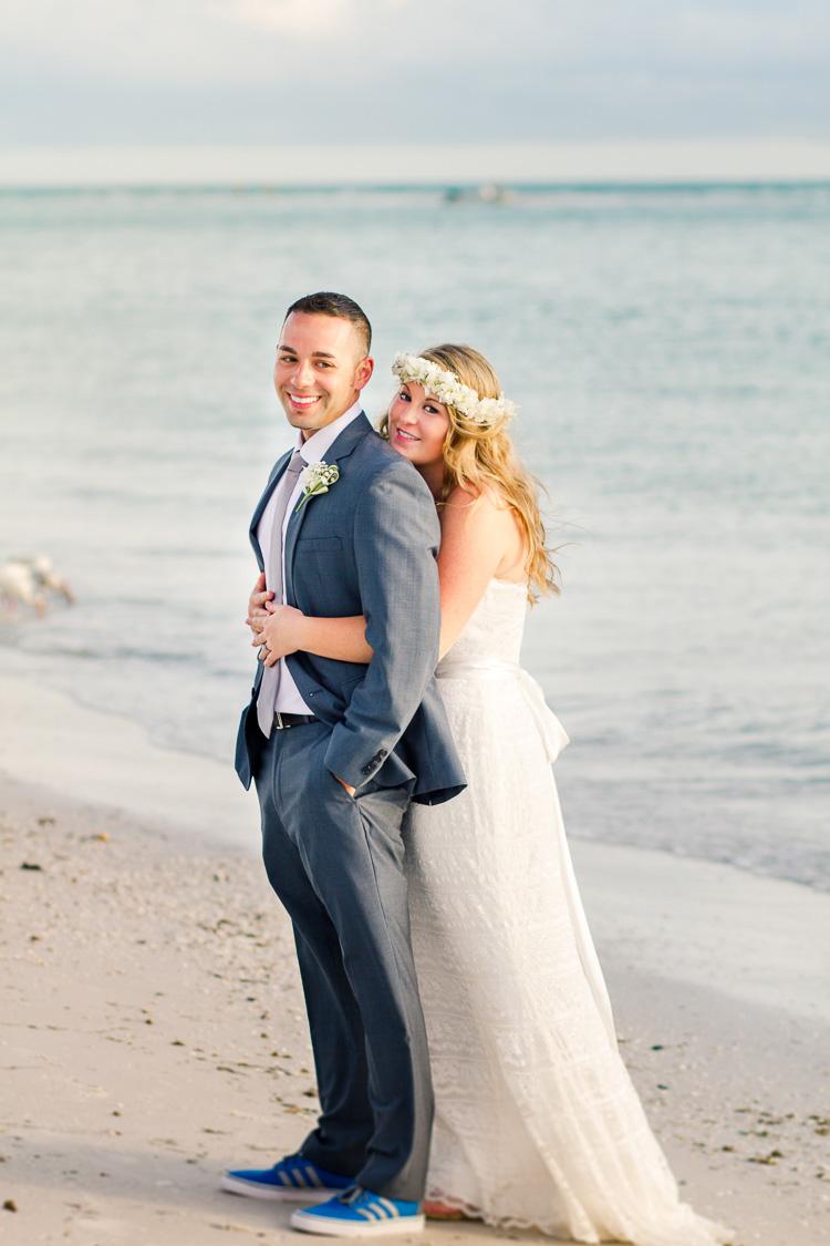 Siesta Key Beach Bohemian Wedding, Florida Destination Beach Wedding Photography | Laura & Adam | lmartinwedding.com_52