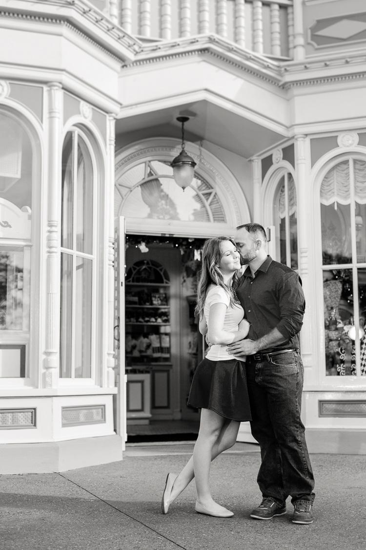 Disney_Magic Kingdom_Engagement_Photo_Orlando_Engagement_Photographer_Danielle & Monte_19