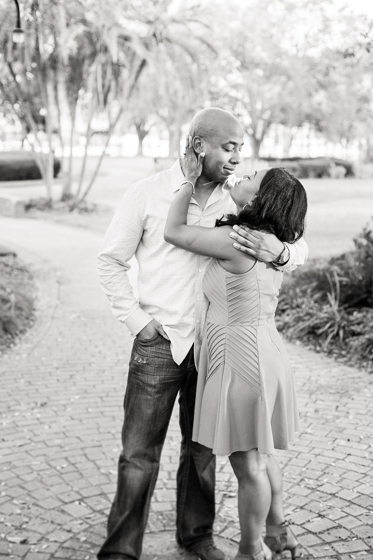 Tampa_Engagement_Photography_Plant Park_UT_Engagement_Photo_Linda & Kareem_13