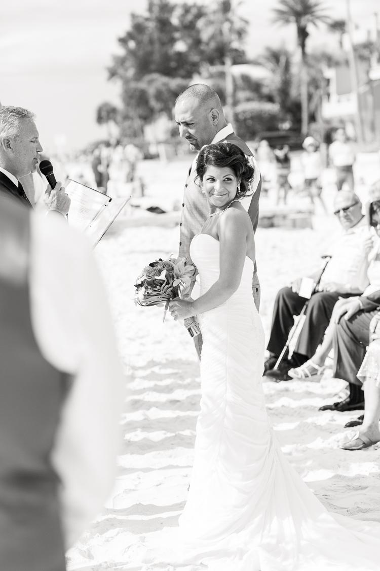 Siesta_Key_Florida_Beach_Wedding_Photo_Lisa & Paul-10
