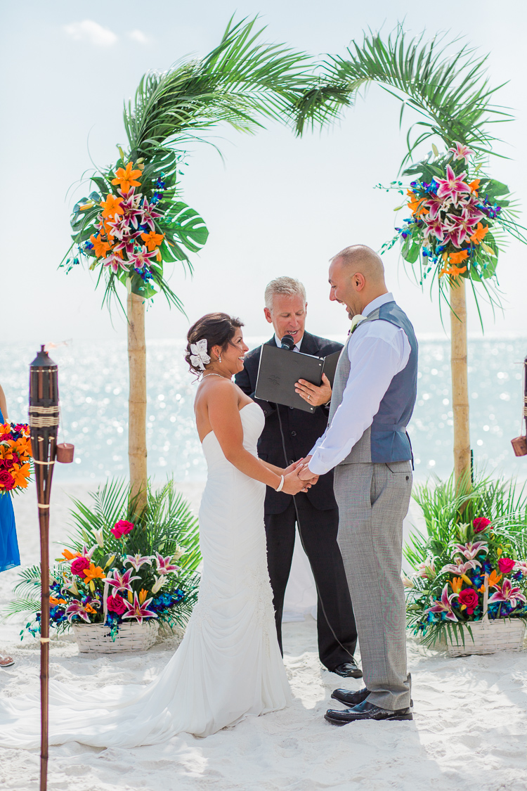 Siesta_Key_Florida_Beach_Wedding_Photo_Lisa & Paul-11