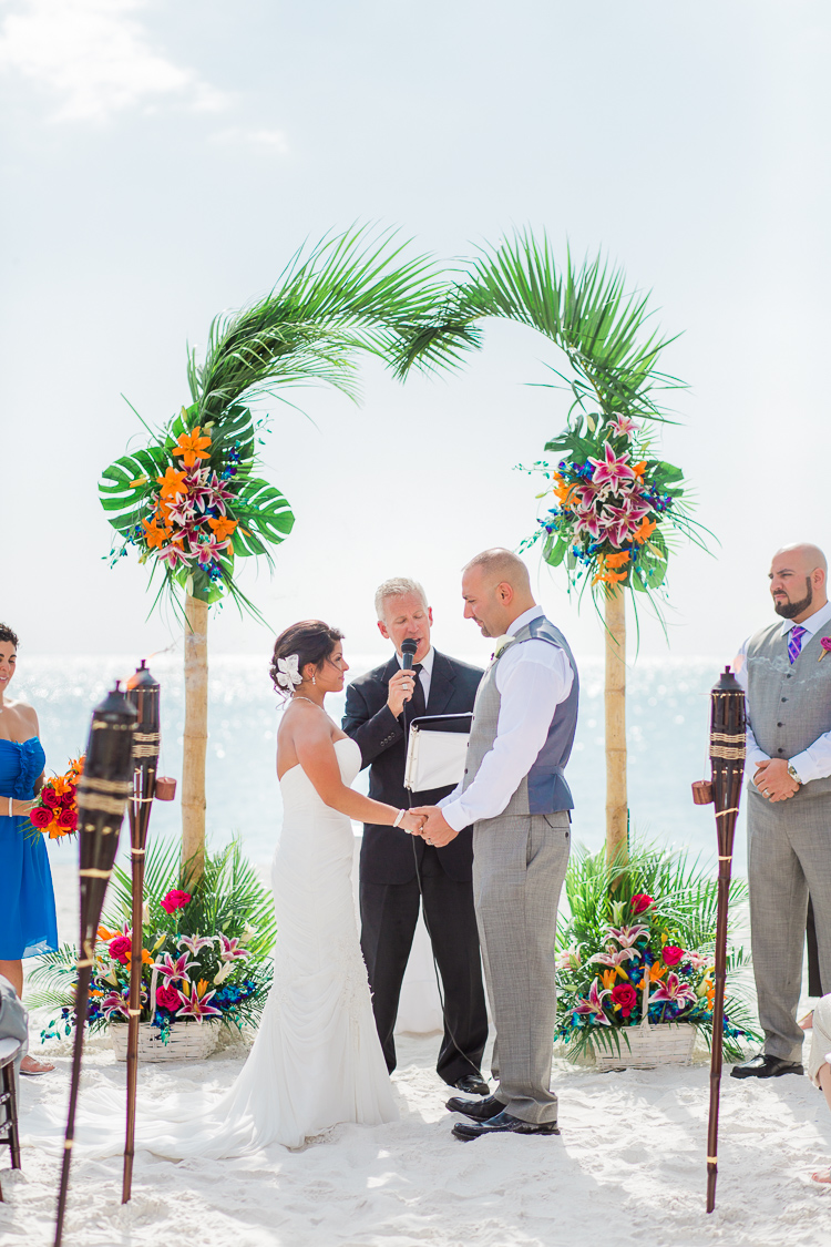 Siesta_Key_Florida_Beach_Wedding_Photo_Lisa & Paul-12