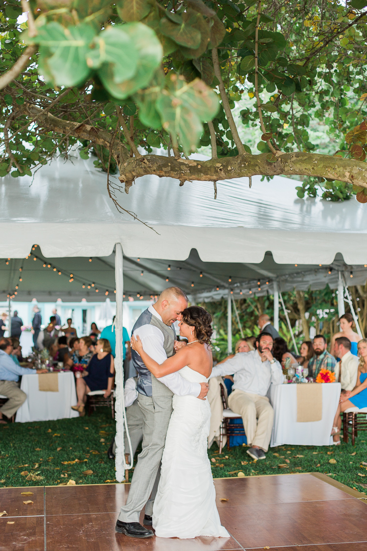 Siesta_Key_Florida_Beach_Wedding_Photo_Lisa & Paul-21