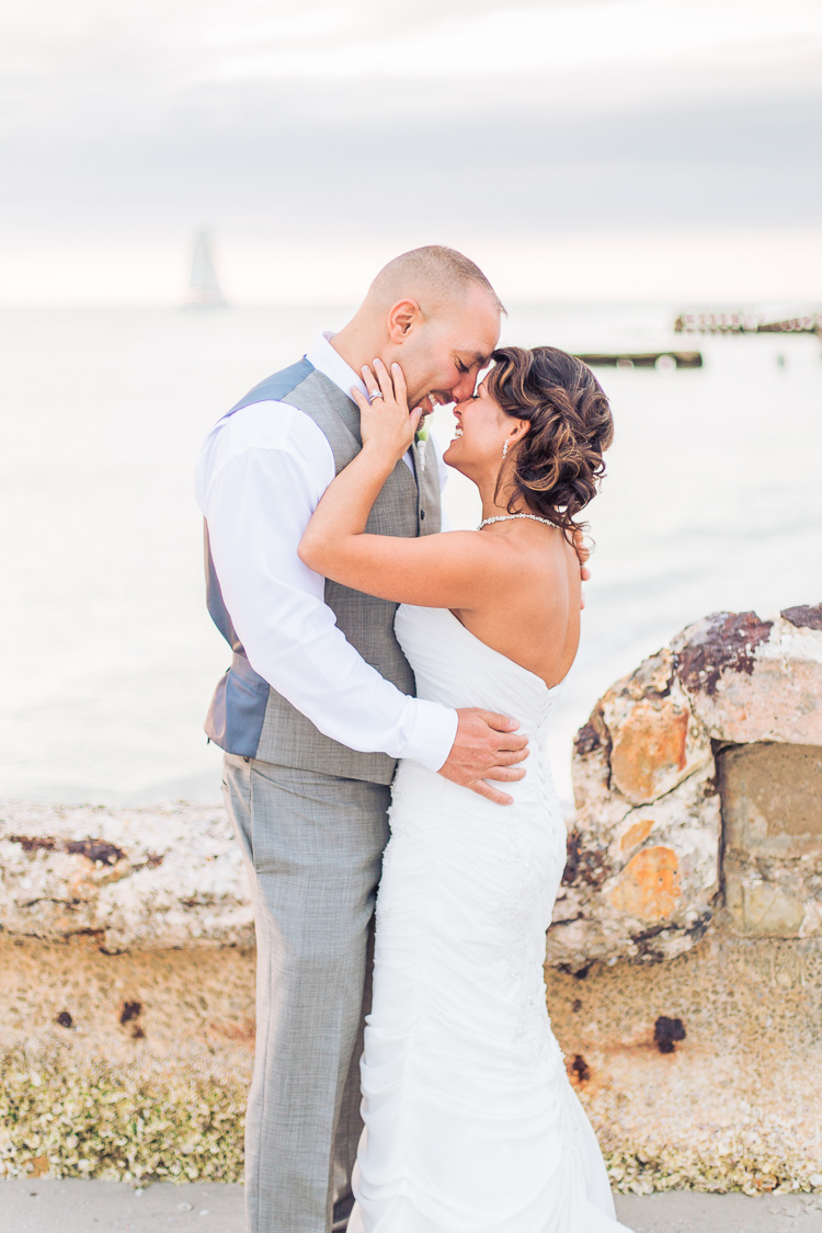 Siesta_Key_Florida_Beach_Wedding_Photo_Lisa & Paul-23