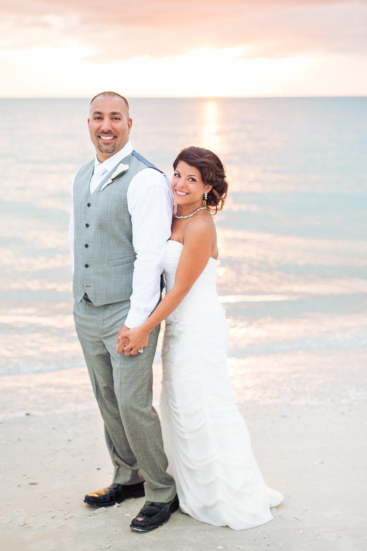 Siesta_Key_Florida_Beach_Wedding_Photo_Lisa & Paul-31