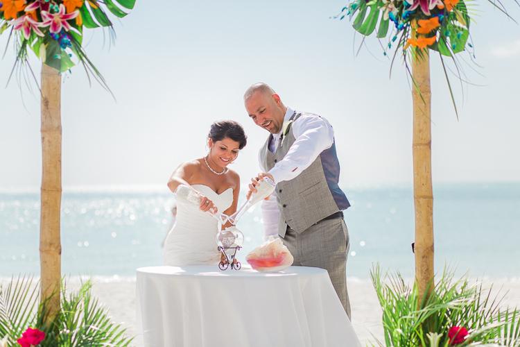 Siesta_Key_Florida_Beach_Wedding_Photo_Lisa & Paul-46