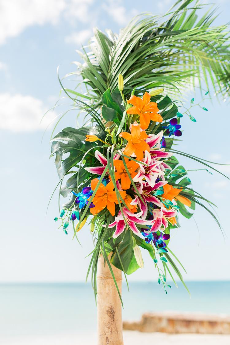 Siesta_Key_Florida_Beach_Wedding_Photo_Lisa & Paul-8