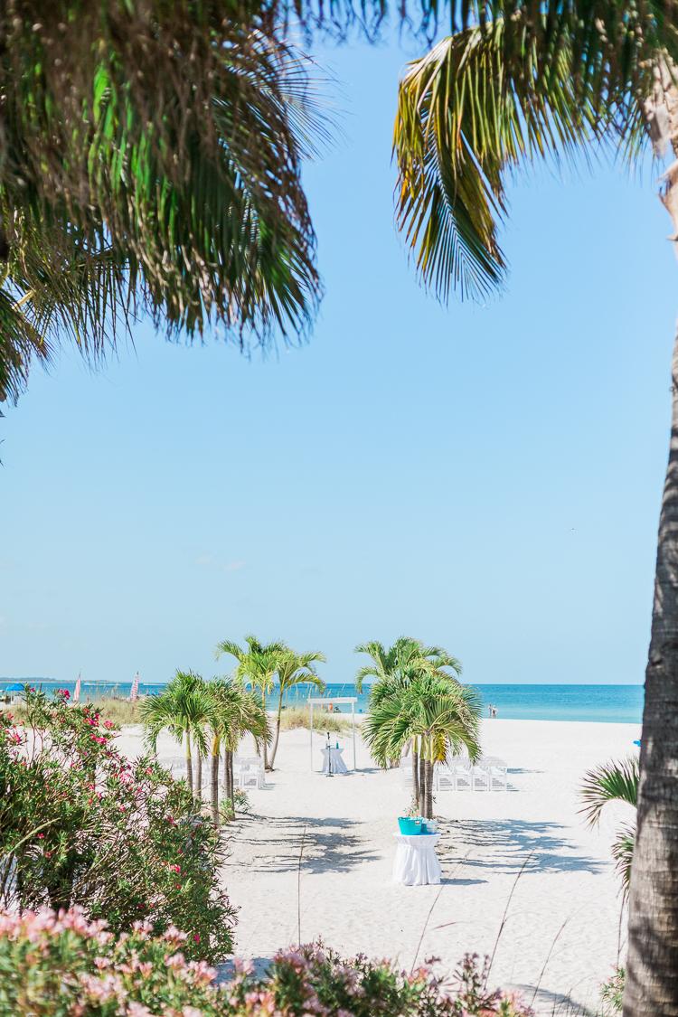 grand-plaza-hotel-st.-pete-beach-wedding-photos-danielle & monte-7