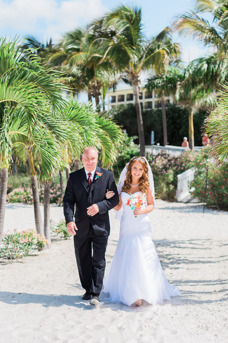 grand-plaza-hotel-st.-pete-beach-wedding-photos-danielle & monte-8