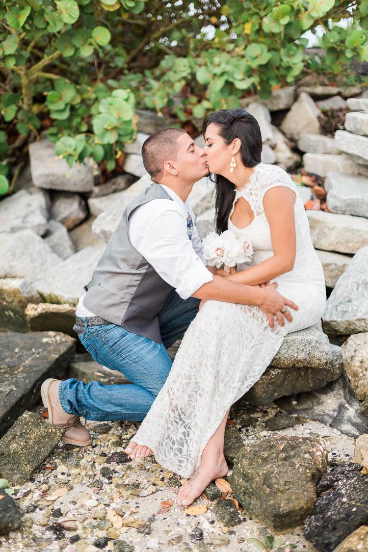 tampa-wedding-photographer-elopement-university-of-tampa-wedding-photo-davis-island-yacht-club-tasha & nestor-31