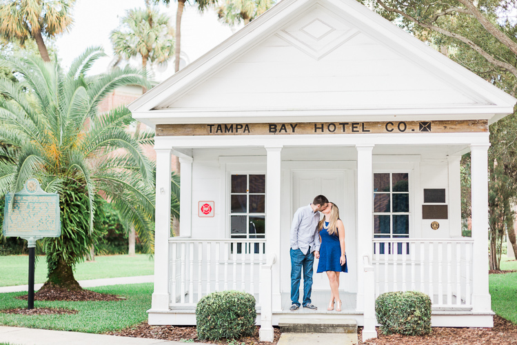 University_of_Tampa_Engagement_Park_Photo_Ashley_Ryan-25.jpg