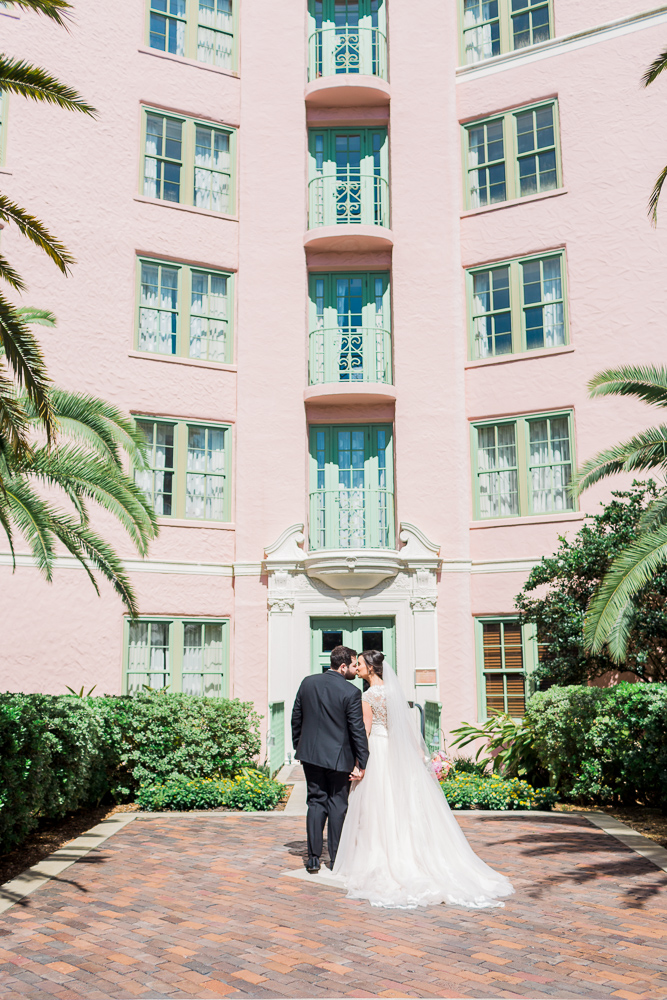 museum-of-fine-arts-st-pete-florida-pink-wedding-every-last-detail-lauren-thomas-18.jpg