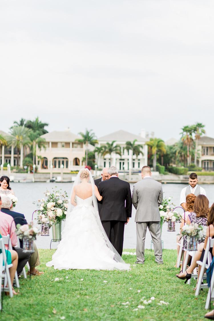 davis-island-garden-club-tampa-wedding-photo-lauren-galloway-photography-63.jpg