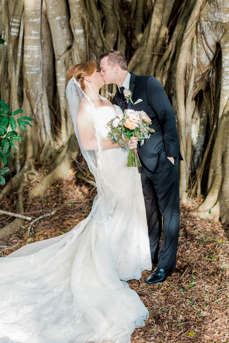 sarasota-powel-crosley-estate-wedding-florida-wedding-photographer-lauren-galloway-photography-43.jpg