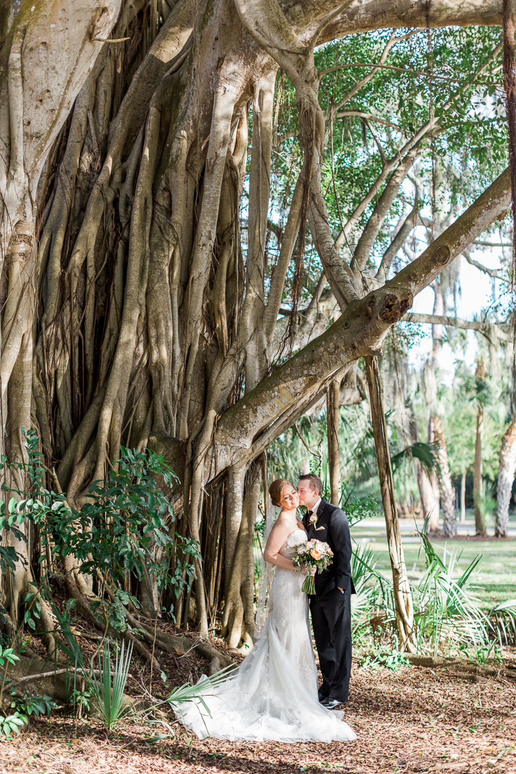 sarasota-powel-crosley-estate-wedding-florida-wedding-photographer-lauren-galloway-photography-45.jpg
