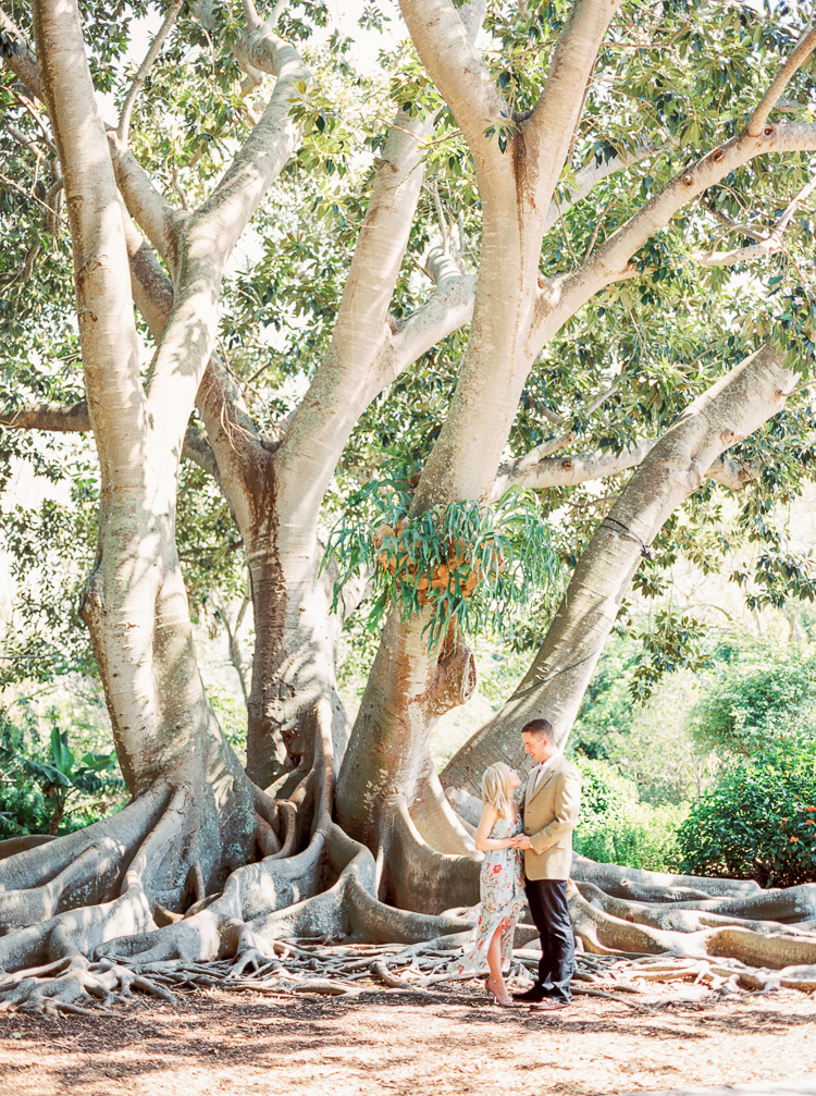 sarasota-selby-gardens-engagement-photographer-lauren-galloway-photography-3.jpg