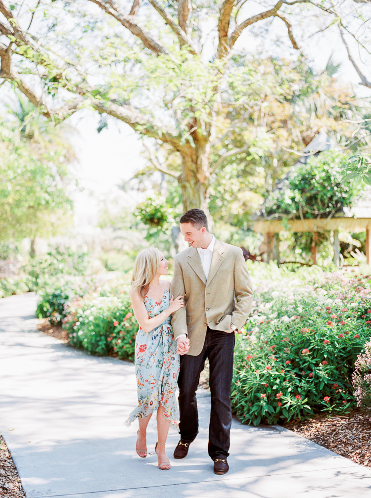 sarasota-selby-gardens-engagement-photographer-lauren-galloway-photography-11.jpg