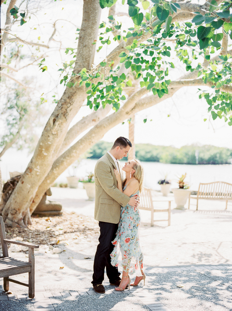 sarasota-selby-gardens-engagement-photographer-lauren-galloway-photography-19.jpg